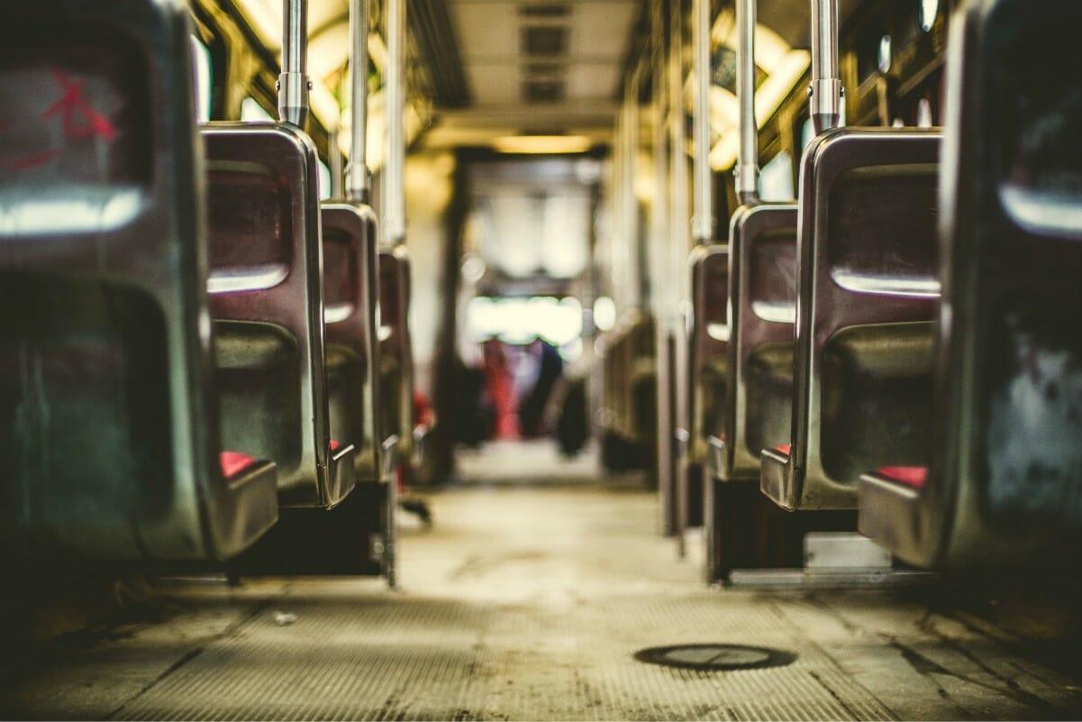 Сколько раз надо останавливаться при перевозке детей автобусом